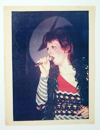 David Bowie singing at Ziggy Stardust Tour. Leee Black Childers